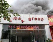 Cháy showroom ôtô Carmax tại Hà Nội